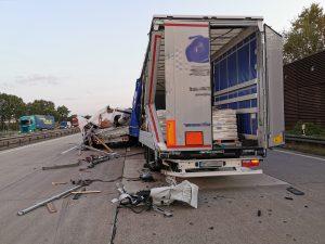 ABC Gefahrgut LKW Unfall